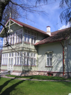 Tartu Holzhaus2