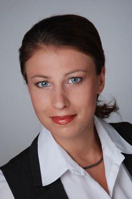 Dr. Yana Movchan